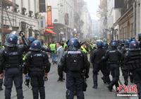 法国多地现驾车人示威抗议 中使馆吁增强防范意识