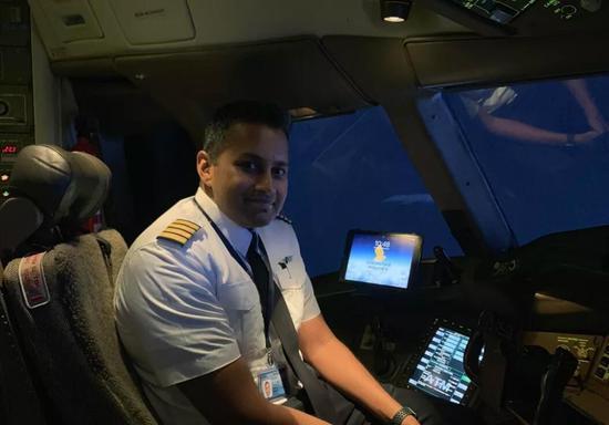新加坡航空新举措 用iPad减轻飞行员工作量