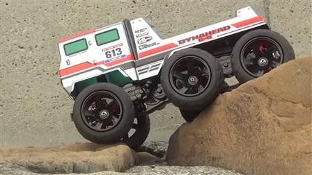 实拍 RC 6x6 越野玩具车