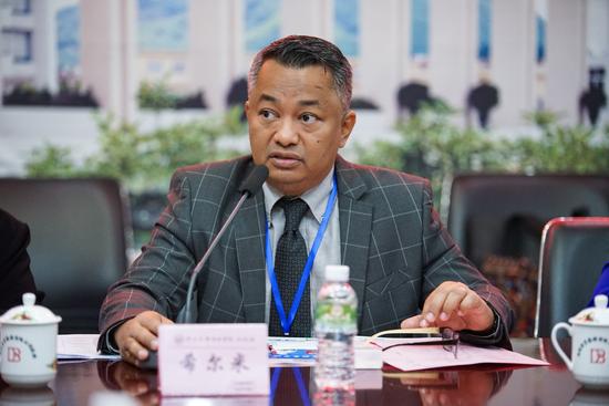 马来西亚高等教育部中国司主任希尔米发言