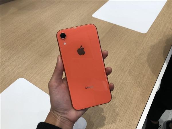 苹果不追加iPhone XR订单:代工厂员工被迫休假
