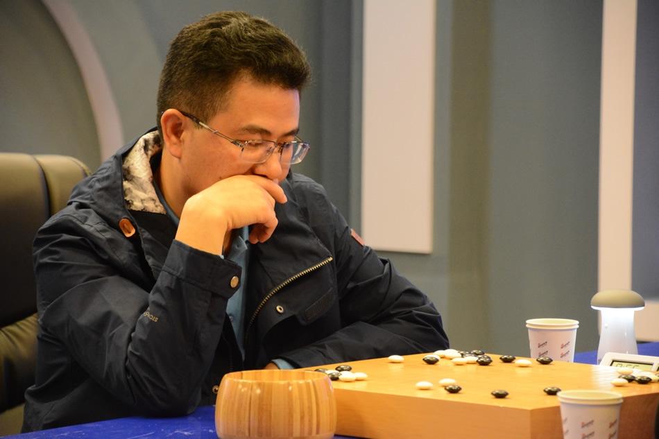 从商场和棋局到赌桌 刘立荣没能笑到最后