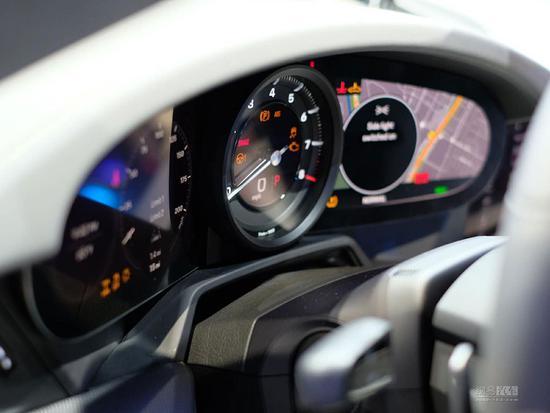 预售149.80万起 保时捷第八代911全球首发