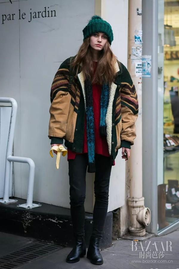 周冬雨有它都不化妆了 不爱洗头的时髦女们看这里