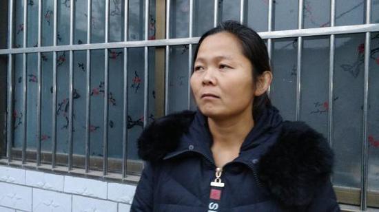 黄海霞接受采访。澎湃新闻记者 李思文 图