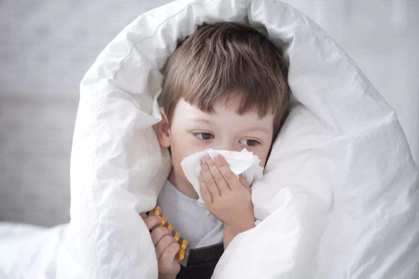 """流感疫苗只适合给""""熊孩子""""打吗?"""