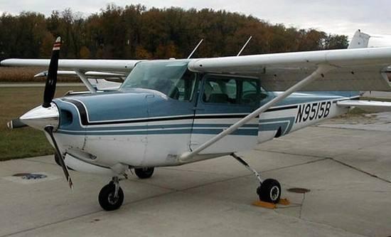 巴西一小型飞机坠毁居民区 机上2人遇难