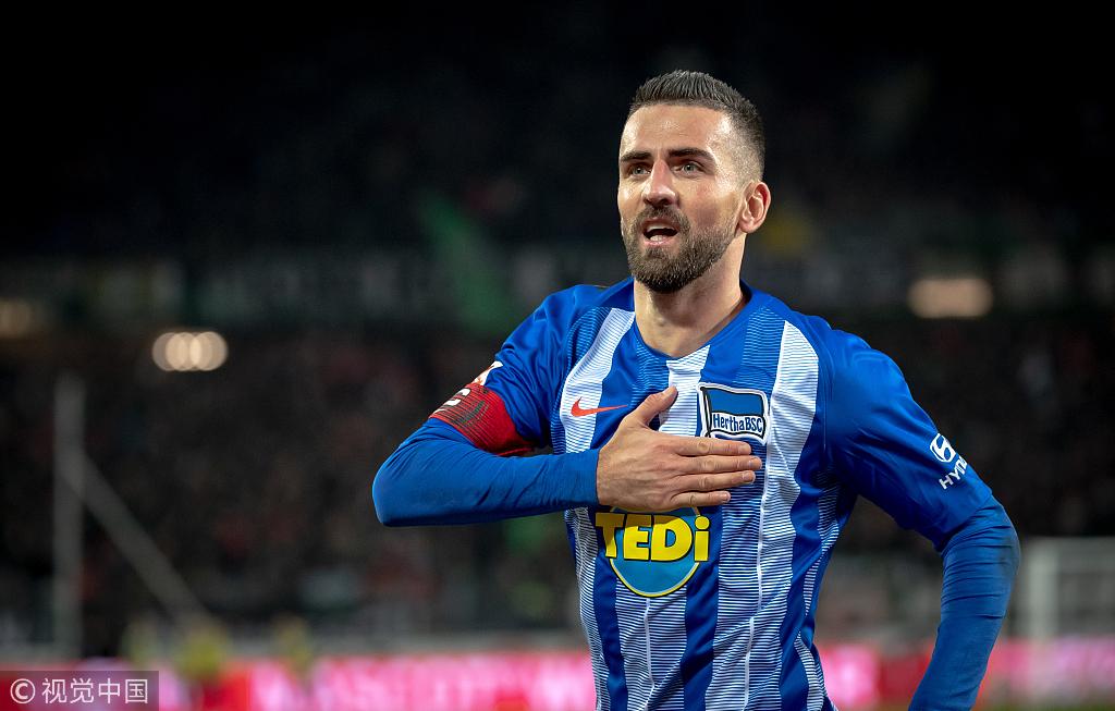 德甲-超级伊比破门赫塔2-0 斯图加特逃离降级区