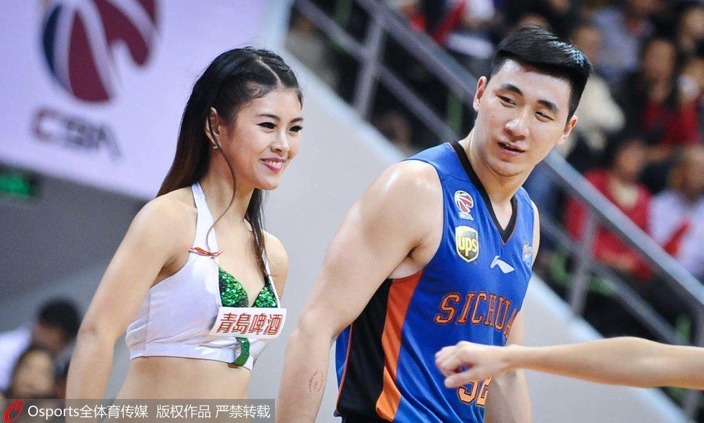 吴楠在四川第一个赛季表现出色,后3个赛季沦为角色球员