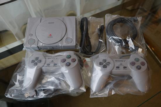开箱PlayStation经典之旅 PS Classic主机12月3日正式开卖