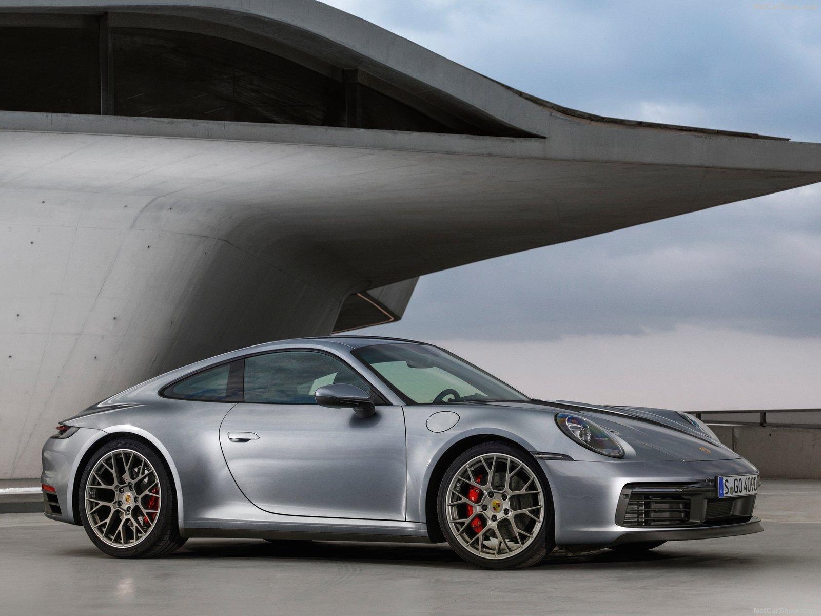 预计2022年发布 全新一代911将推出混动版本