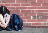 初中女生跳楼称被同学欺负 校方:不存在欺凌