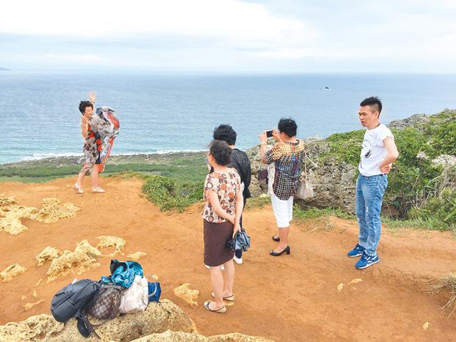 台当局称来台旅客破千万人次 网友:旅游收入呢?
