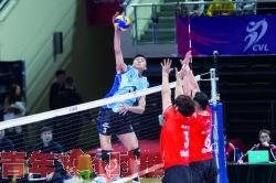 八强赛主场首秀 浙江男排负于北京队