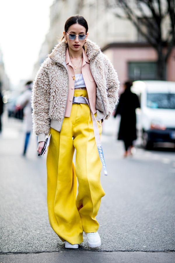 时尚博主Alexandra 2018秋冬巴黎时装周秀场外街拍