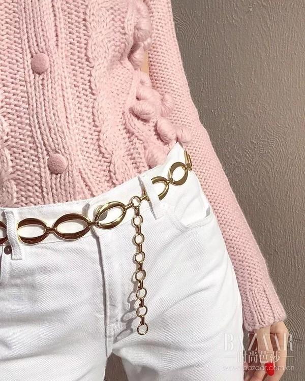 要在冬天保持可爱,时髦的人儿都需要这抹少女粉