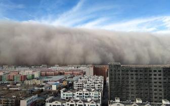 西北沙尘入川已影响成都广元等10市预计将持续至12月6日