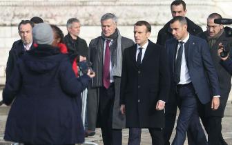 """巴黎为何成了""""骚乱之城""""?燃油税只是一个导火线"""