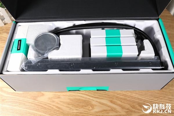 玩家风暴堡垒360水冷散热器开箱:镜面水冷头