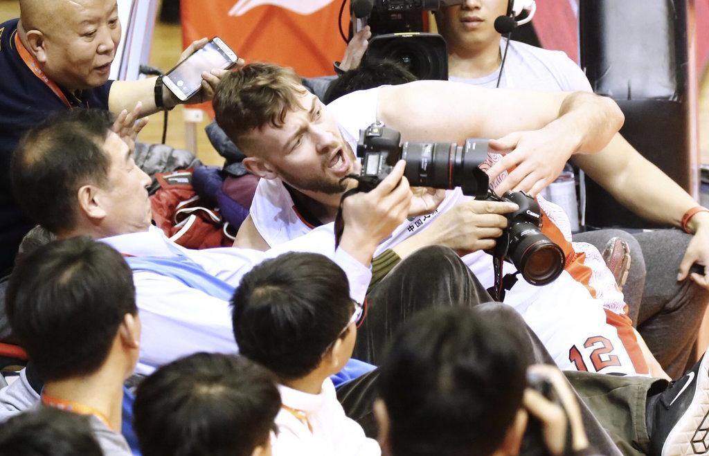 中国小伙莫泰:爱山东胜过爱火箭
