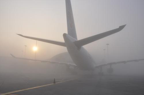 资料图:机场大雾