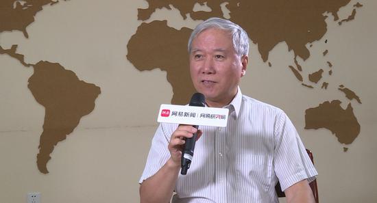 人大教授:中国养老金问题不大 仍然收大于支