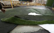 杭州建国北路路面出现坑洞 已用水泥填充