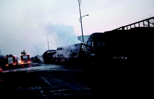 国务院:致23死爆燃事故影响恶劣 与央企形象严重不符