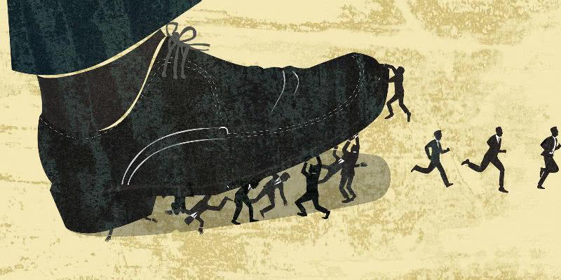 裁员风波下的富士康:工人称离开是因为工资低伙食差