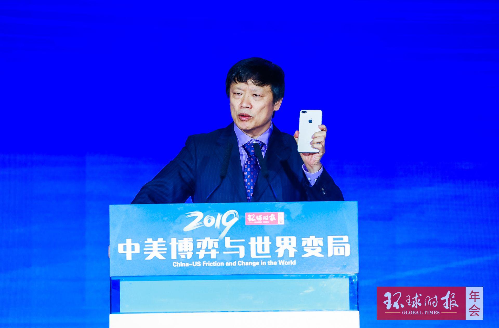 胡锡进:我为什么用苹果手机在微博发帖挺华为