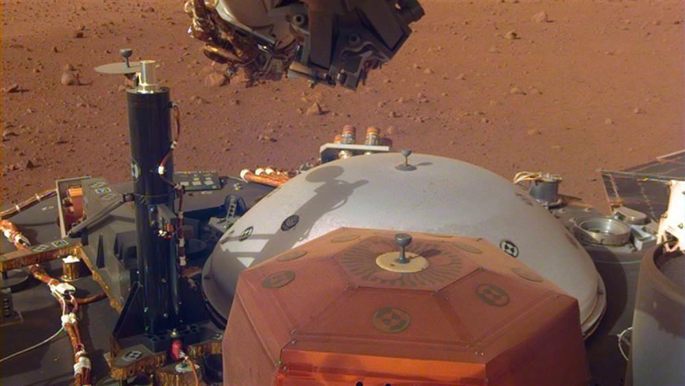登陆不到两周,InSight探测器意外捕捉到火星的风声