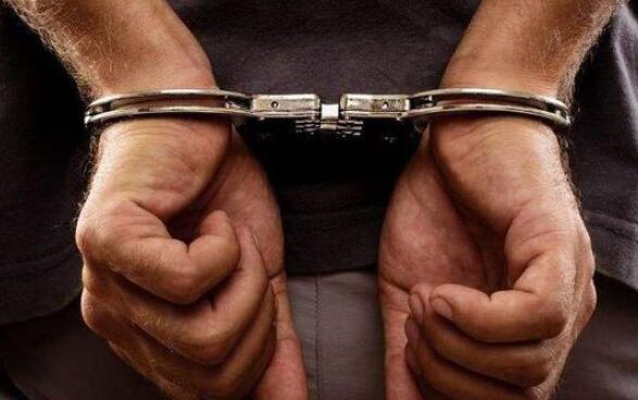 男子网上造谣传播艾滋病毒被拘15天 专家:处罚过轻