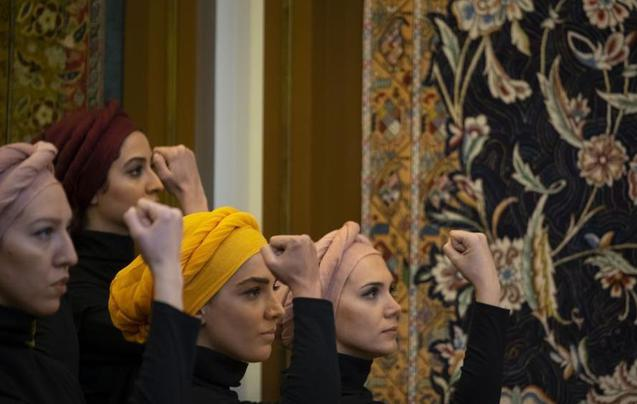 原来这么美!伊朗女艺术家用舞蹈演绎历史
