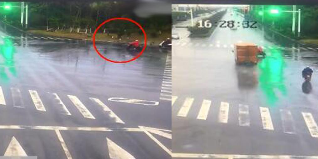 女子骑车闯红灯被撞 承担全部责任