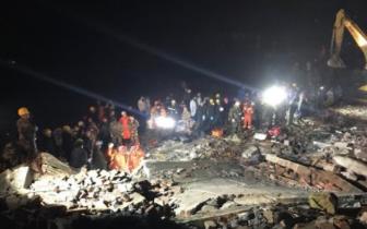 泸州叙永县山体滑坡已救出10人 3人送医途中死亡