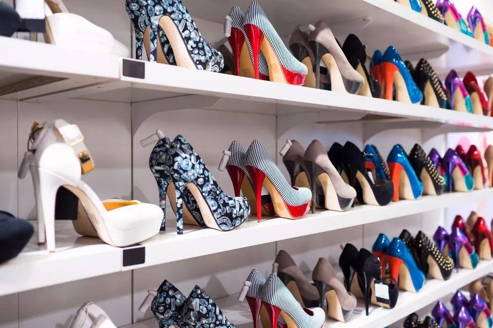 【易消费】15批次鞋类产品存在易裂胶等问题