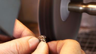 珠宝微整形:买前确认宝石是否优化和处理过