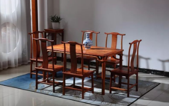 红木家具并不是越重越好,也不是越重就越稳定。
