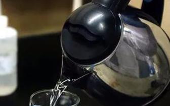 废旧电热水壶别急着扔!这样做就能废物变宝