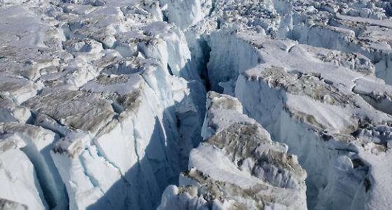 可怕!全球变暖 冰川融化如大坝倒塌