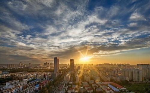 2018国内楼市调控达405次 东部房价增速显著
