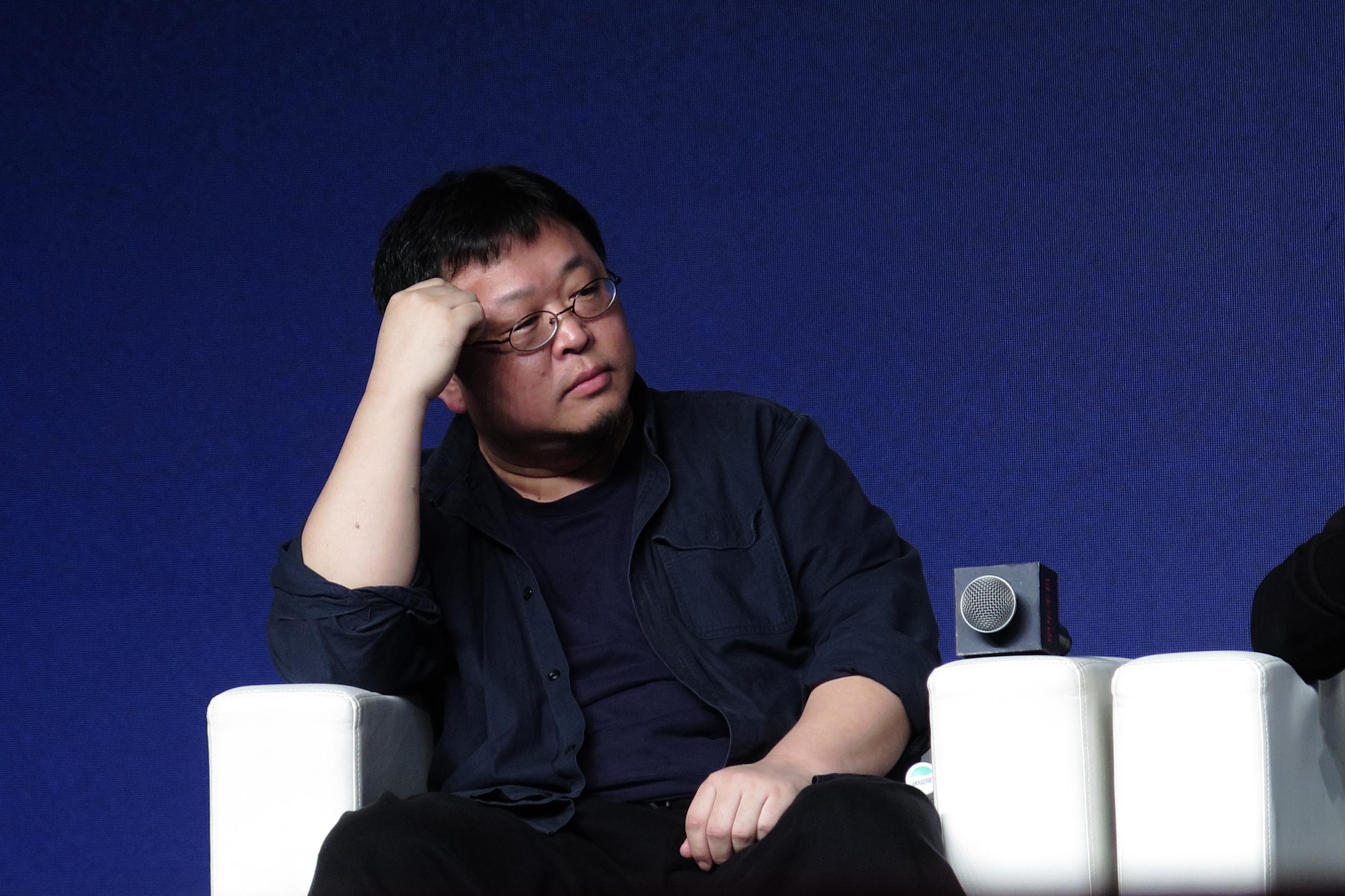 罗永浩卸任:曾有过轻生念头