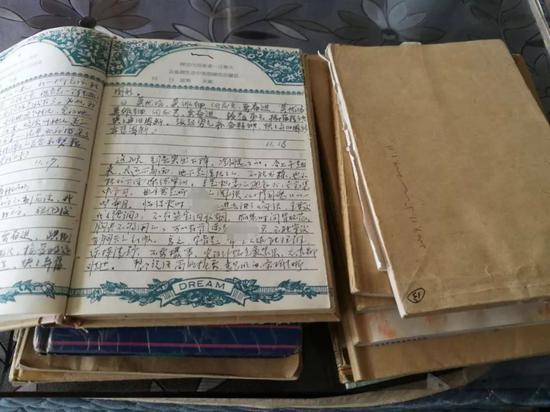 ?蓬兴明在狱中写的日记和申诉书等材料