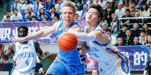 大王18+18统治内线 21分逆转胜北京