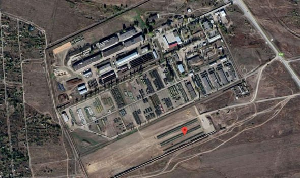 Russia-is-building-up-its-military-presence-at-Kamensk-Shakhtinksy-which-is-11-miles-from-Ukraine-1644621.jpg