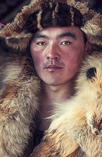 探访地球偏远角落的部落民族