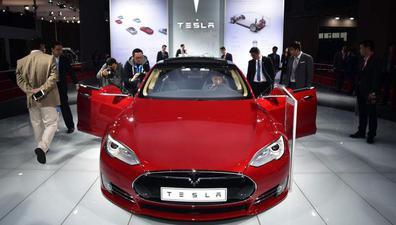 """特斯拉上海厂将投资500亿 """"光速""""建设"""