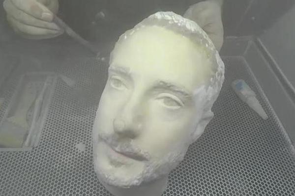 大发快3官方人脸识别被3D打印人头破解