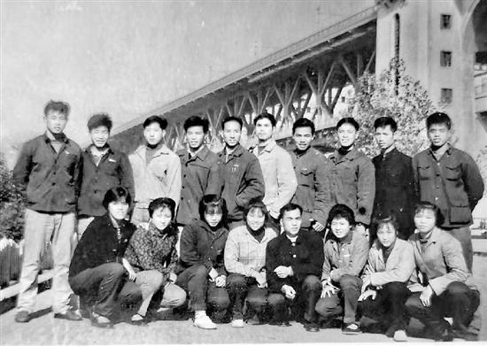 浙江游泳强盛的秘密 原来是60年几代人的积淀