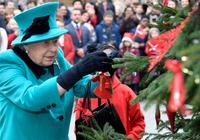 双语:为什么英国王室不在圣诞节当天拆礼物?